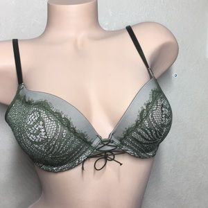 32 Victoria's Secret Sexy Push Up Bra Olive Lace